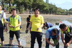 2019 Pingtung Tropical Agricultural Exposition Starts Transplanting Rice Seedlings in the Colorful R